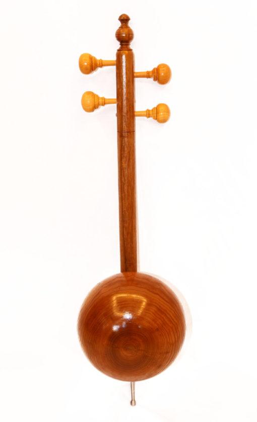 קמנצ'ה אזרית עץ תות